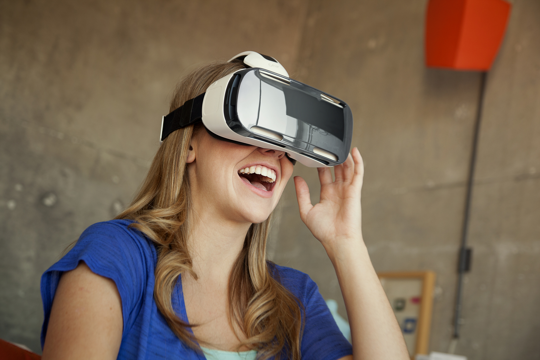 GearVR AndroDollar 2 - Samsung Unveils the Gear VR Headset; A Virtual Reality Accessory For The Galaxy Note 4