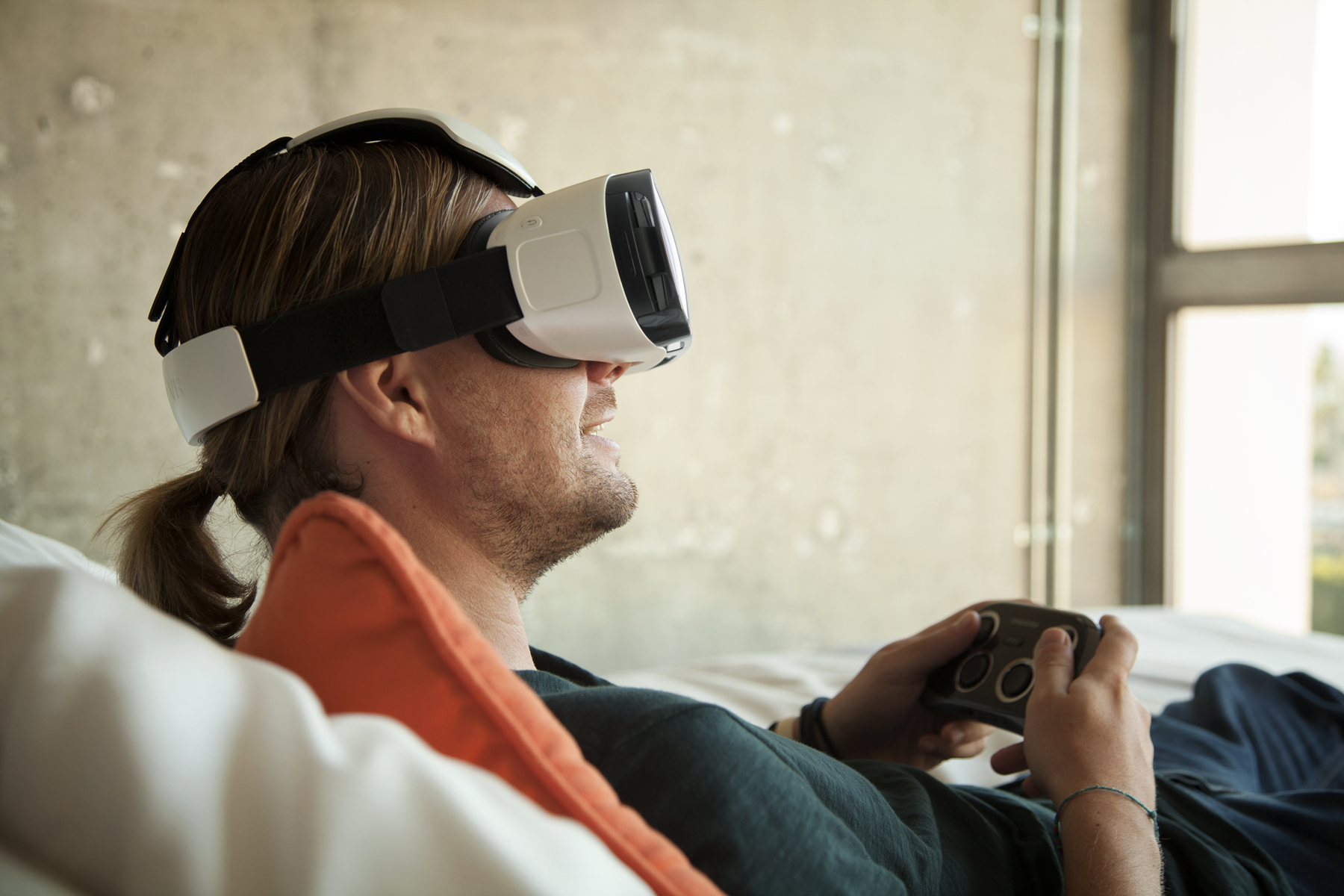 GearVR AndroDollar 3 - Samsung Unveils the Gear VR Headset; A Virtual Reality Accessory For The Galaxy Note 4