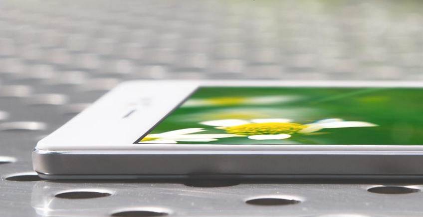 oppo r5 7 - Oppo unveils the Oppo R5; The Thinnest Phone in the World