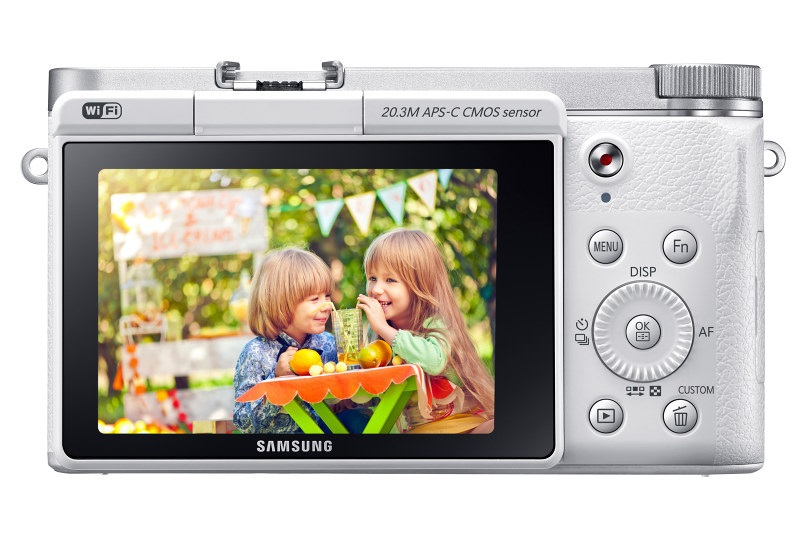 SamsungNX3000 www.androdollar 13 - Samsung NX3000 Smart Camera Launched with Selfies in Mind