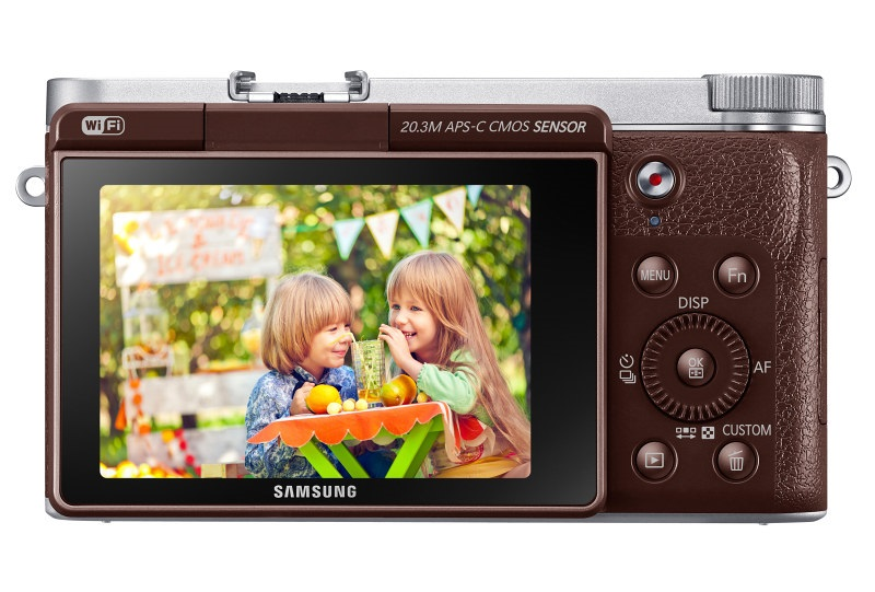 SamsungNX3000 www.androdollar 17 - Samsung NX3000 Smart Camera Launched with Selfies in Mind