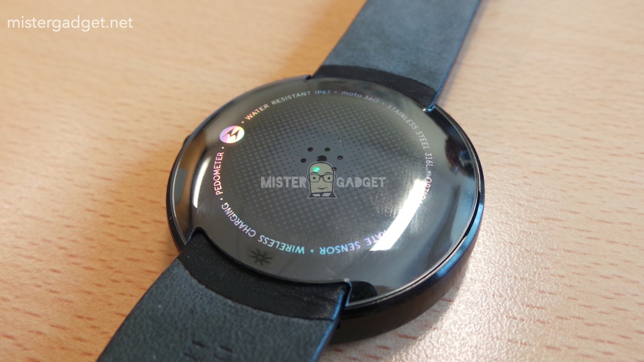 Moto360 Leaked AndroDollar 12 - LEAKED : Moto 360 will be Waterproof, will feature Wireless Charging and a Heart Rate Sensor
