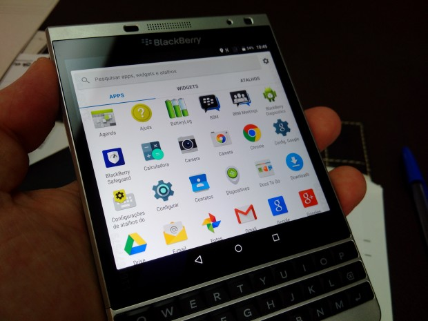 blackberry-passport-android-001