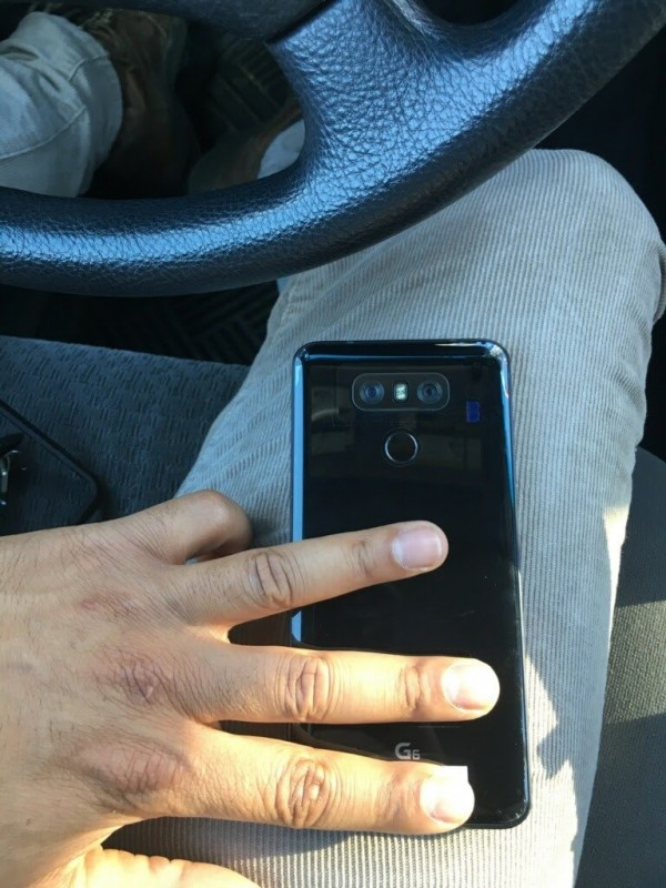 g6 - LG G6 leaks with a glossy black back; Is this the Jet Black Competitor?