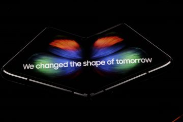 lcimg e7971ab8 21f0 4d30 a9f8 6682f917f642 360x240 - Samsung unveils the Galaxy Fold - a foldable smartphone that costs $1980