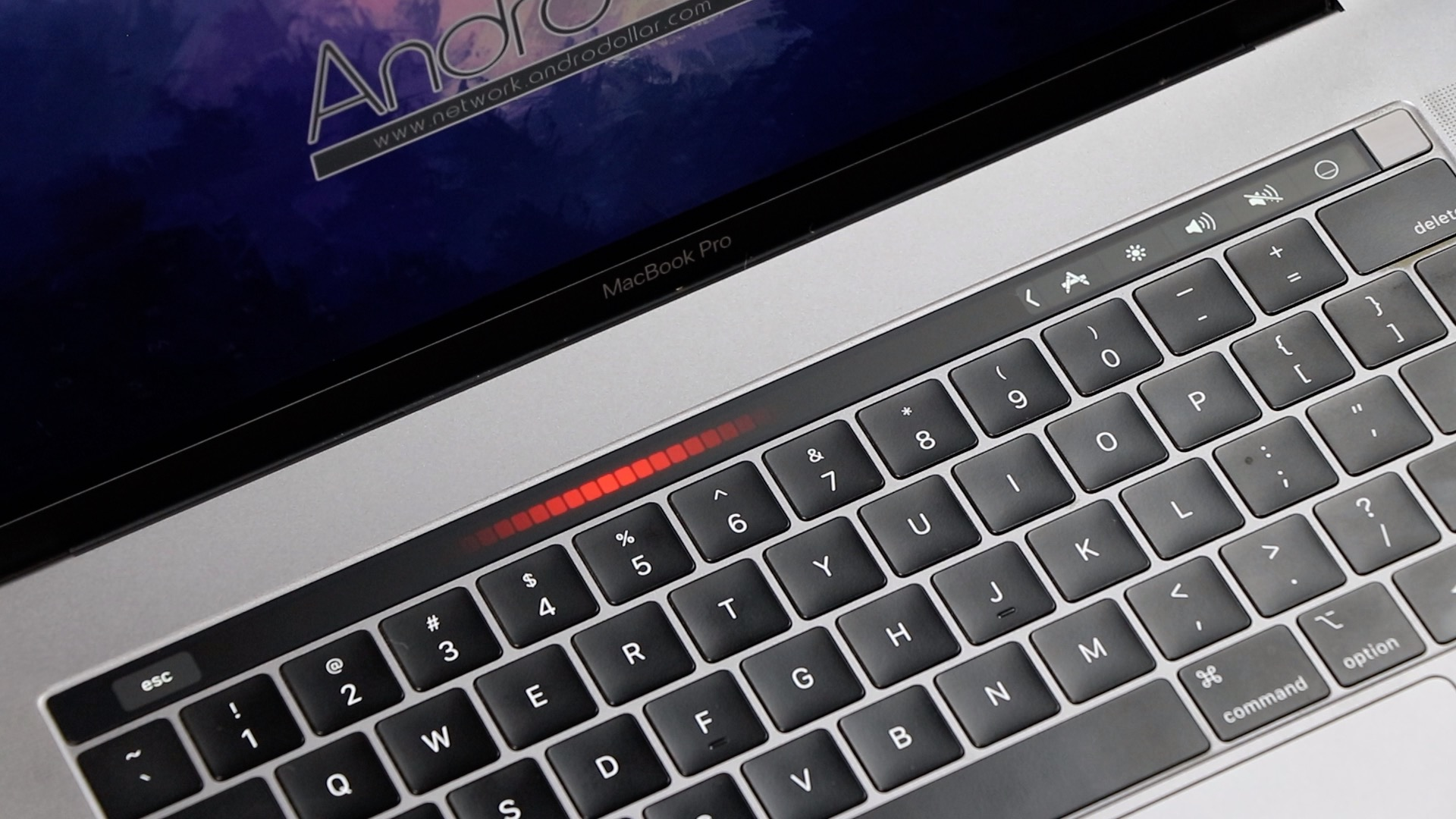 BEST and most UNIQUE Touchbar apps you won't find in the Mac
