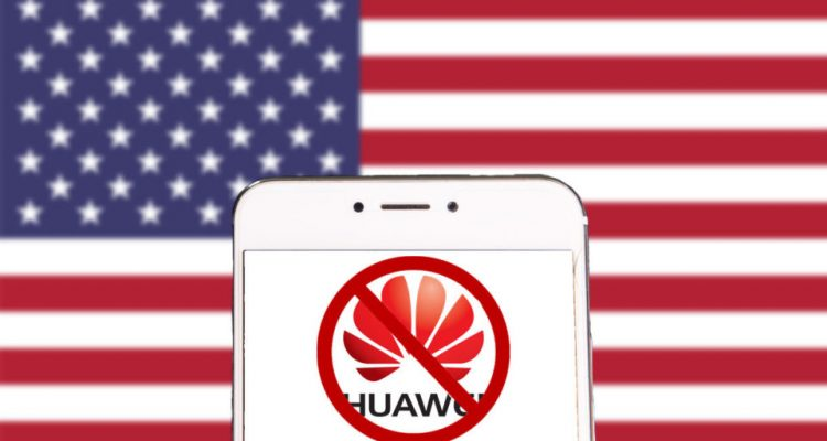 1558340581 Huawei Ban 960x540 750x400 - Trump Orders Google To Suspend Huawei's Android License